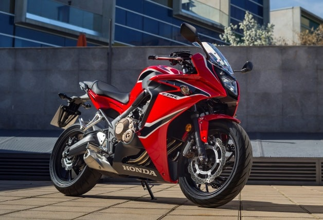 Фото красного Honda CBR650F (Хонда СБР 650 Ф)