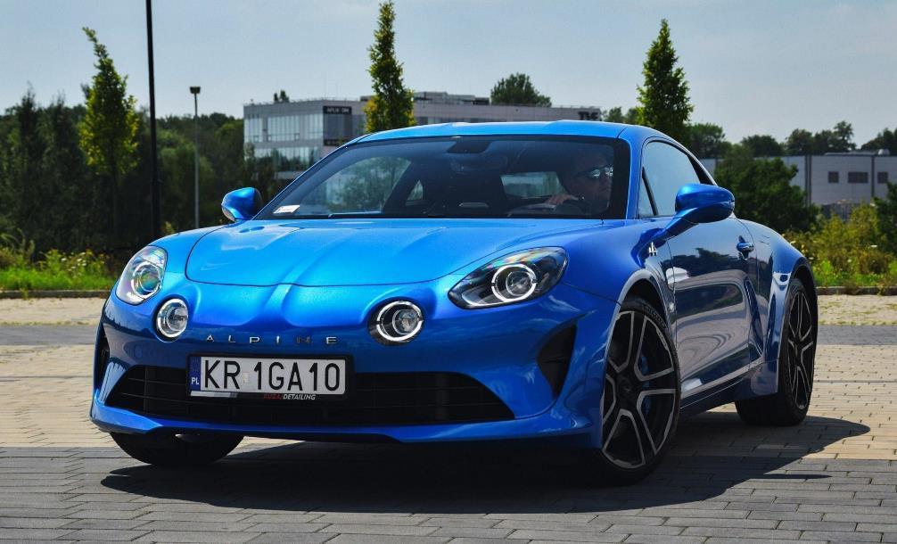 Alpine A110 2017 - 2020 год