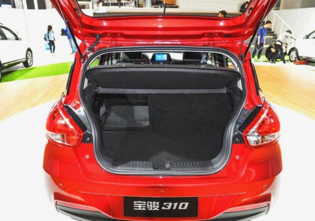 Baojun 310 (Баоюн 310) багажник