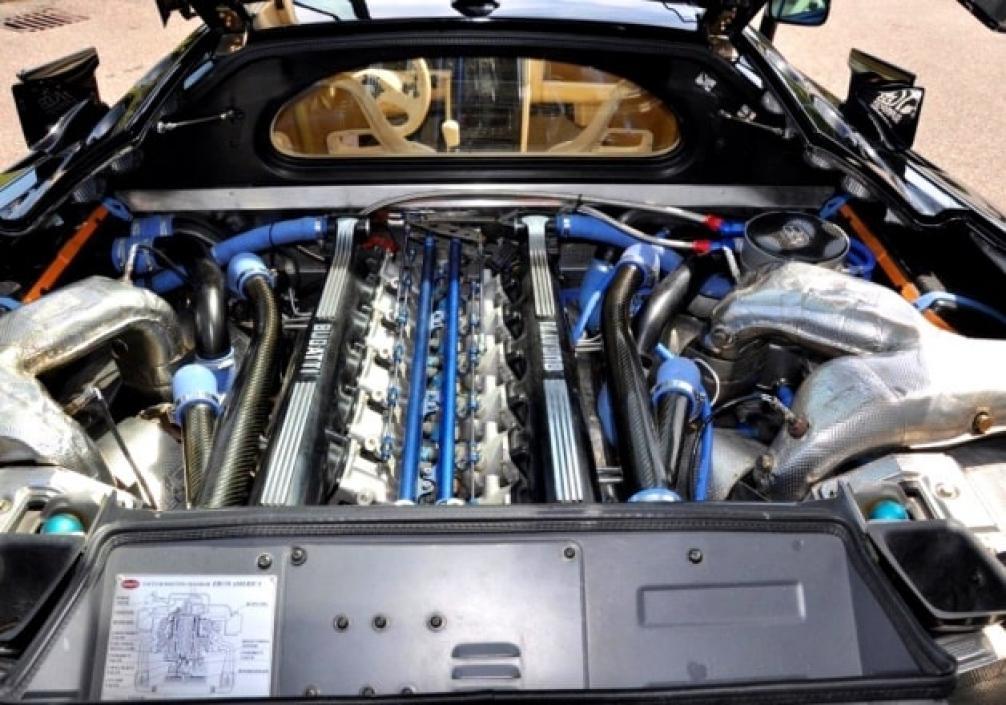 Bugatti EB110 двигатель