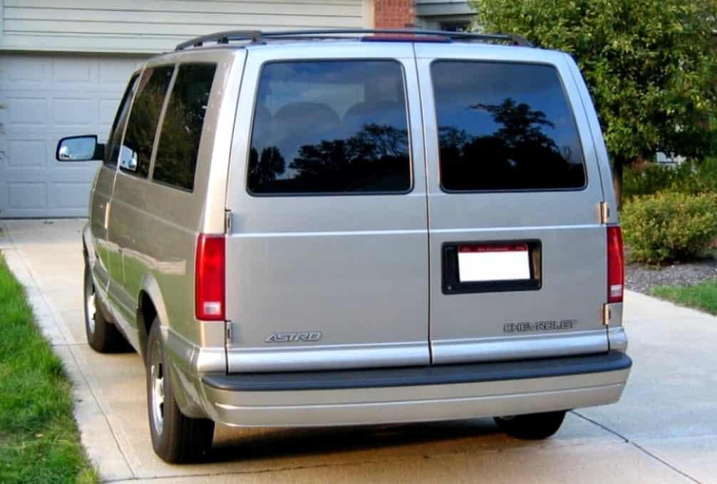 Chevrolet Astro 1994 цена на б/у, фото, характеристики, обзор и комплектации