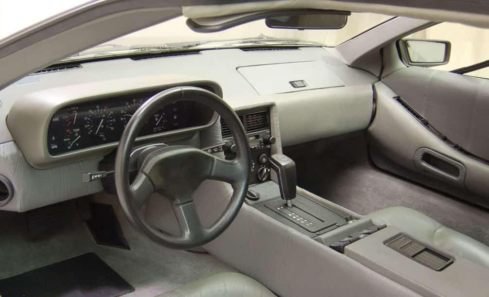 DeLorean DMC 12 обзор, фото, история автомобиля Делориан 12