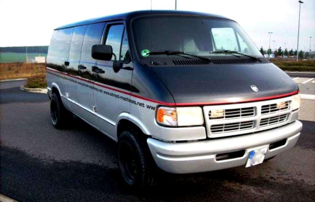 Dodge Ram 1994 года выпуска, обзор, характеристики, фото